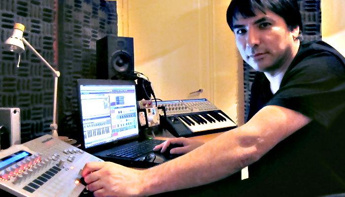 Eddie Mis 2012 at the Studio / Acix Recordings in Bat Yam Israel (photo by Niv Margalit)